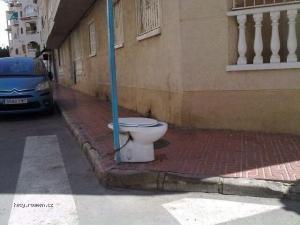 Verejne wc 240911