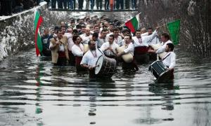 kapela ve vode
