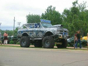 Pimped Spider Truck13