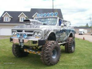 Pimped Spider Truck12