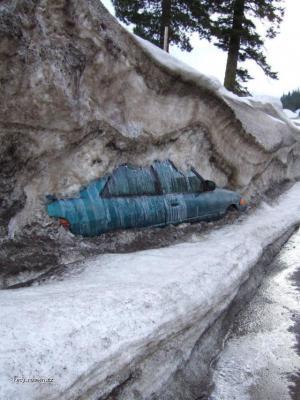 troska snehu