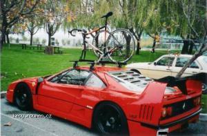 Ferrari F40 fietsenrek editie