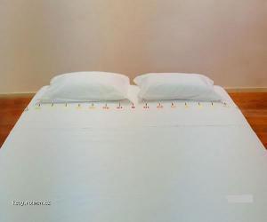 jak si podelit postel