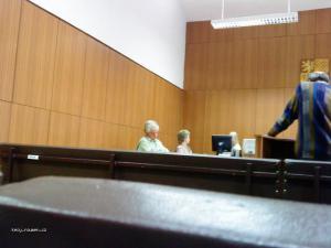 U soudu je obcas nuda