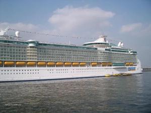LargestCruiseShip13