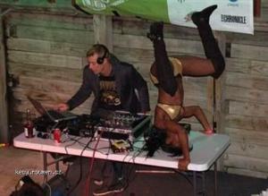 DJ a jeho nastroje