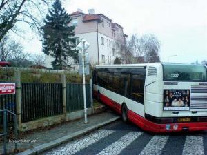 bus parking2