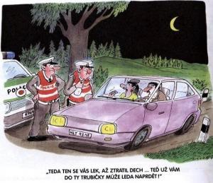 Policejní hlídka s alkohol testrem