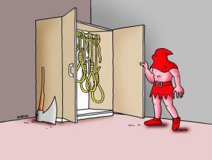Kat a jeho výbava ve skříni
