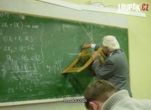 Pan profesor a pravítko
