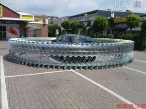 Košíky u supermarketu, co nedávají logiku