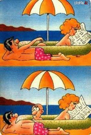 Když se dívka opaluje na pláži