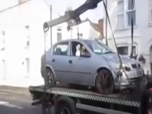 Mně odtahovat auto nebudete!