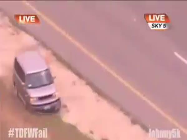 Řidič si pohrával s policíí