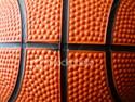 Výborný fanoušek na basketbalu