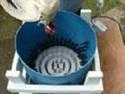 Vynález - Rychlé škubání slepic