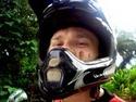 Motorkář - blázen na silnici