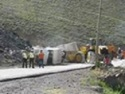 Chile - Převrácený kamion po nehodě