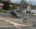 Idiot - rychlá jízda a železniční přejezd