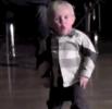 2letý chlapec ovládnul parket
