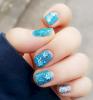 GALERIE - Ledově modrá manikůra