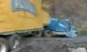 Převrácený kamion s pivem