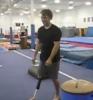 Borec - jednonohý akrobat