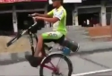 Borec - Jízda na kole bez předního