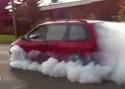 Nadupaný Dodge Minivan