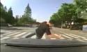 Idiot - předstíraná nehoda