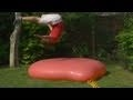 Slow motion - balón plný vody