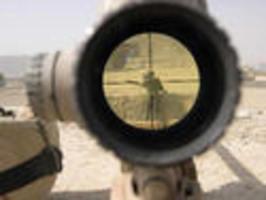 USA - Sniper odzbrojil recidivistu