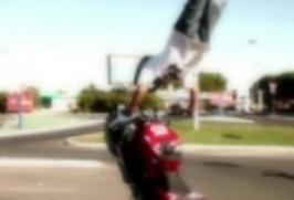 Motorkáři - Triky na motorkách 3.díl