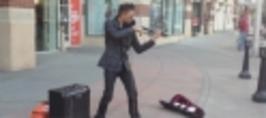 Borec - Pouliční houslista