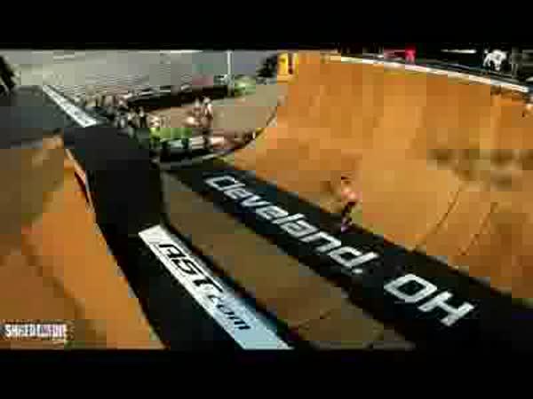 Skateboarding - Shaun White