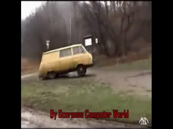 Škoda 1203 - skok velký