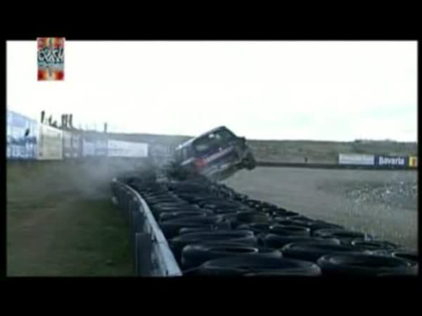 Závodní nehody 2008 [kompilace]