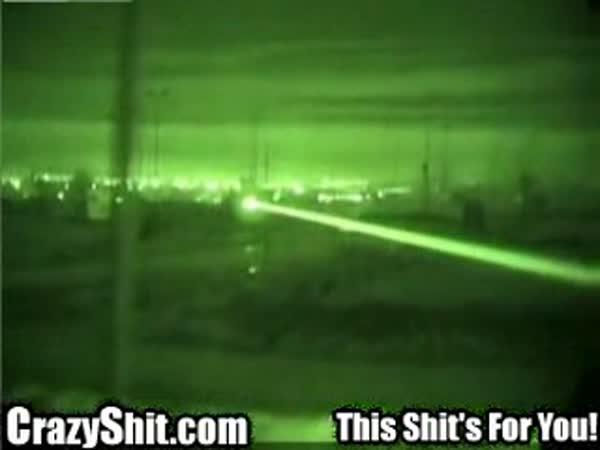 Irák - helikoptéra v noční akci