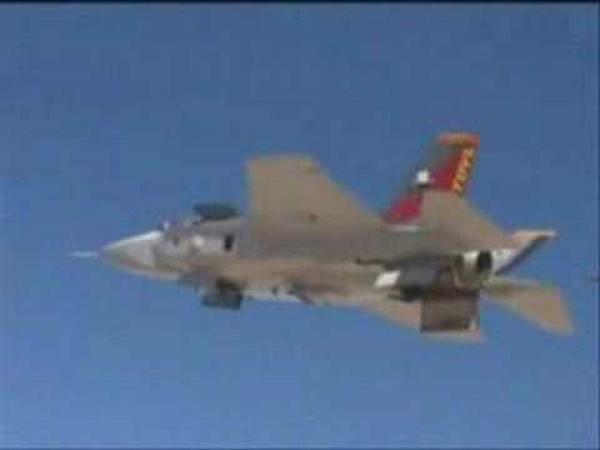 Stíhačka F-35 - svislý vzlet a přistání