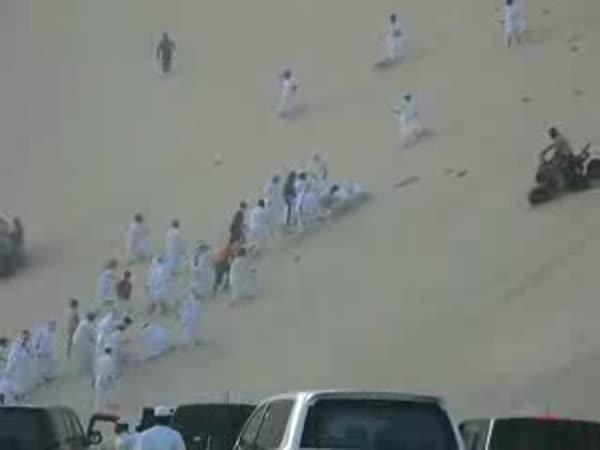 Saudská Arábie - nehoda na duně