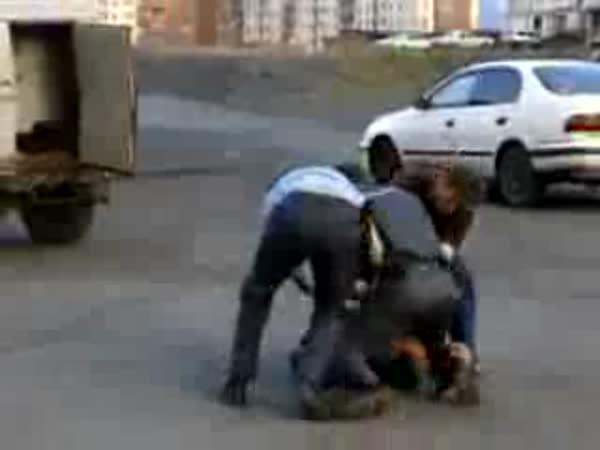 Rusko - odpor při zatýkání