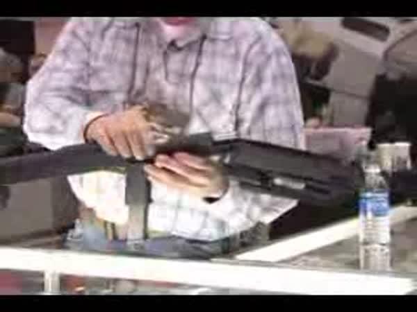 US Army - Skládací zbraň