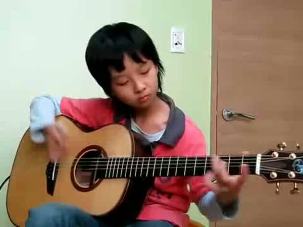 11-letý chlapec - Smells like teen spirit