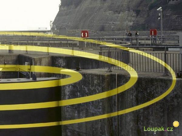 Optické iluze kolem nás
