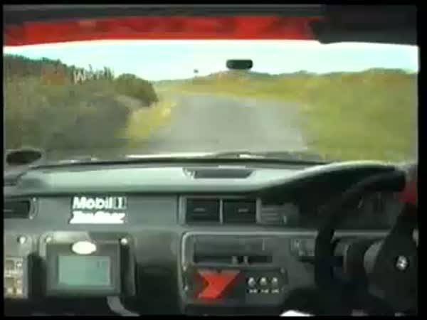 Rally - adrenalinová jízda [mainboard kamera]