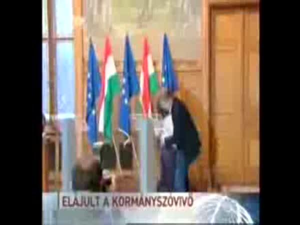 Maďarsko - mluvčí omdlela na tiskovce