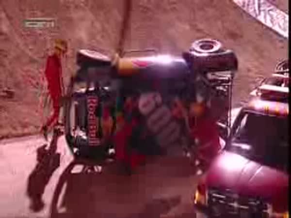 Nepovedený back flip s autem