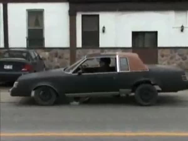 Ekologické auto alá Flinstones
