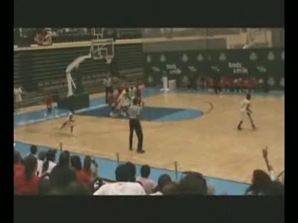 8-letý basketbalista