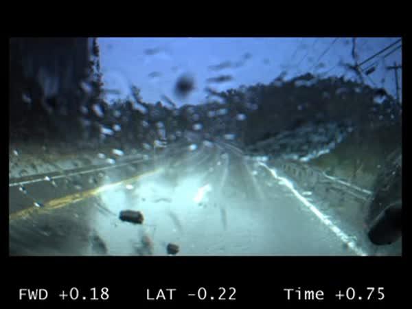 Nehoda na mokré silnici